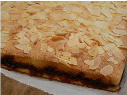 ataleof2kitchens_Bakewell Slice serving