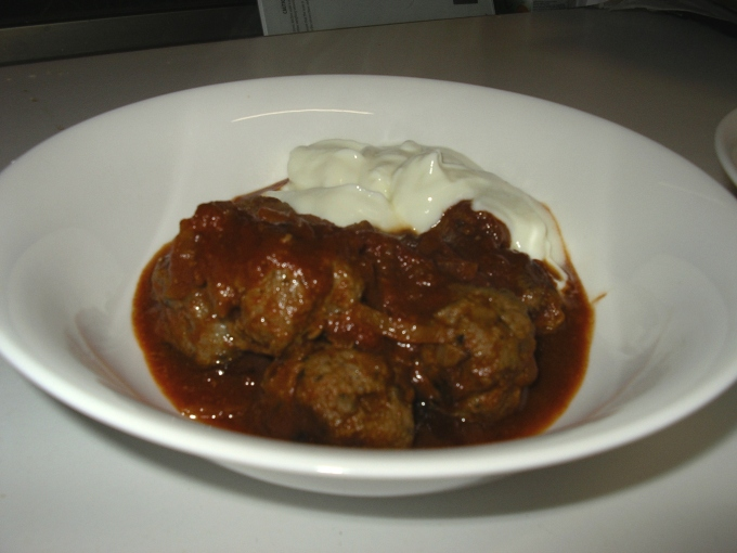 ataleof2kitchens_Meatballs are served
