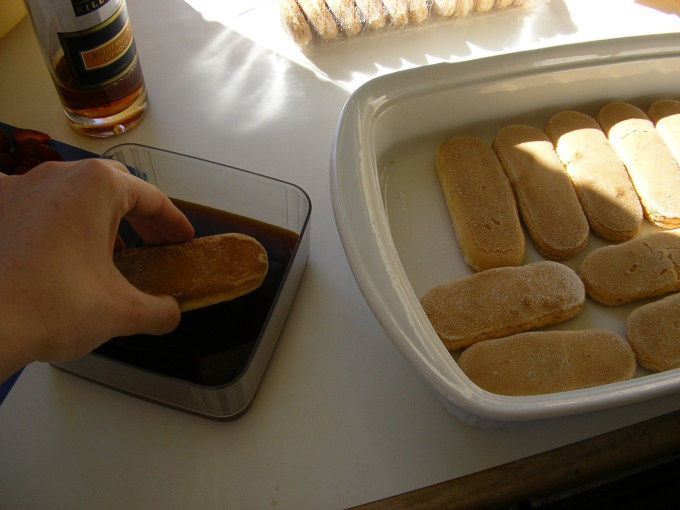 ataleof2kitchens_Tiramisu laying the biscuits